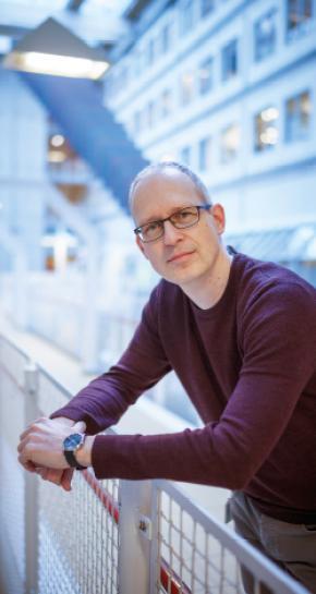 Dr. John Hinrichs, Klinisch Moleculair Bioloog in de Pathologie (KMBP) UMC Utrecht/Symbiant Alkmaar | Pfizer Nederland
